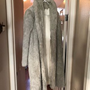 Jackets & Blazers - Faux-fur silk lined white trench coat